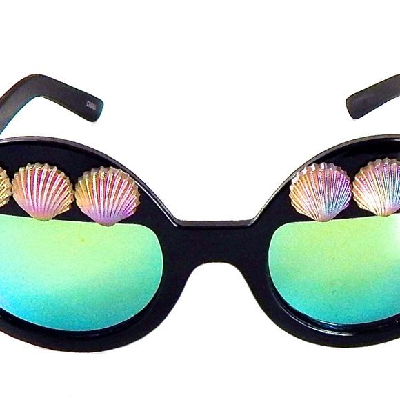 a57662bd77d1 GASOLINE GLAMOUR Accessories   Million Dollar Mermaid Morning Glory ...